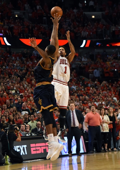 Derrick rose sinks cleveland cavaliers with 39 the shot 39 part ii - Derrick rose cavs wallpaper ...