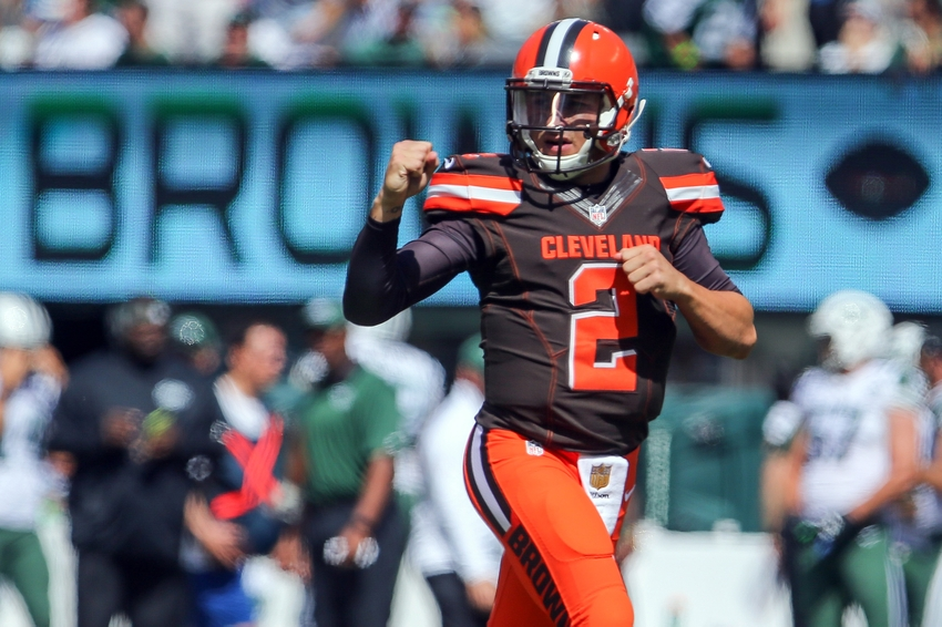 907b6c8a279 Sep 13, 2015; East Rutherford, NJ, USA; Cleveland Browns quarterback Johnny  Manziel (2) celebrates his first career NFL touchdown pass during the first  half ...