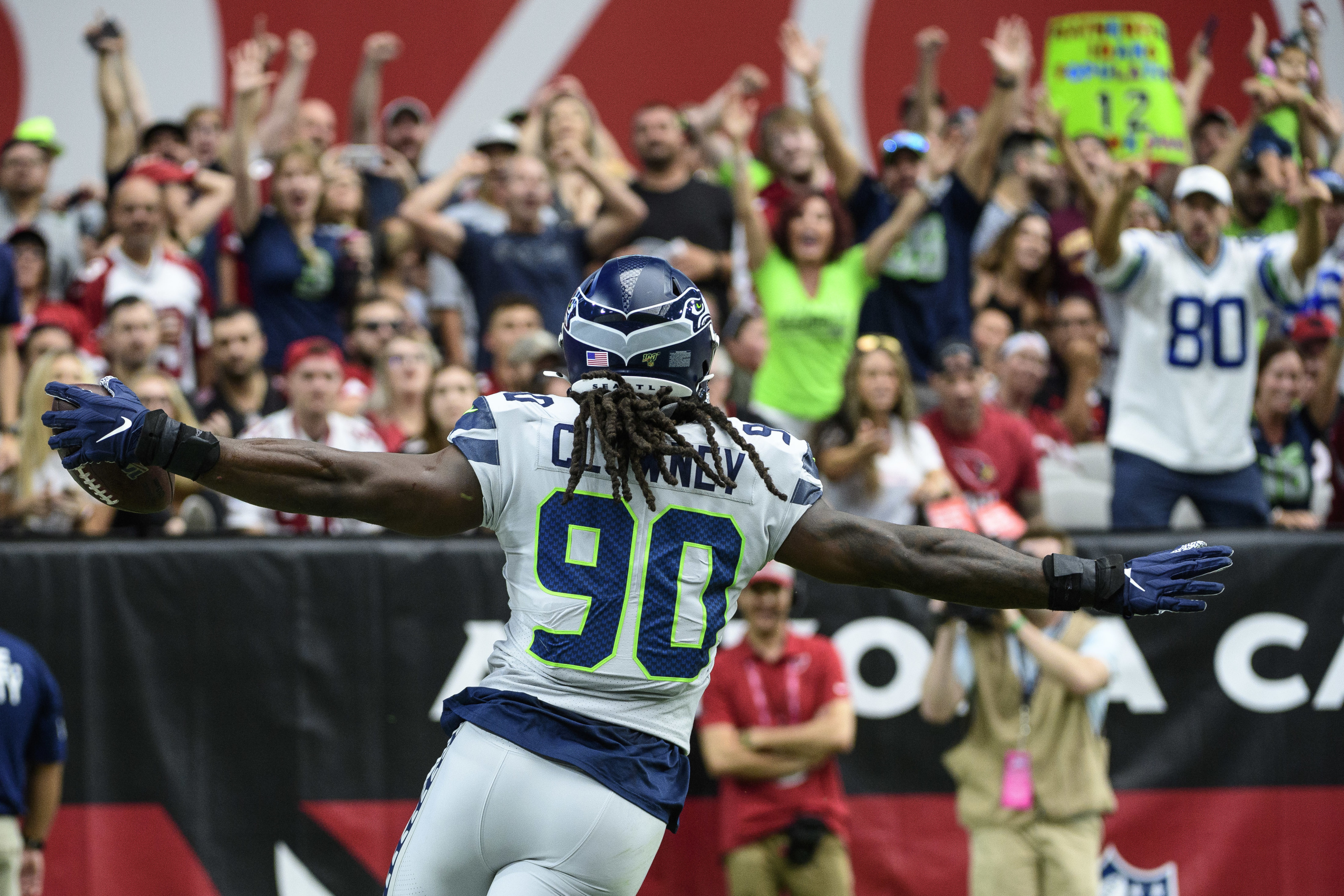 The Cleveland Browns adding Jadeveon Clowney would make sense