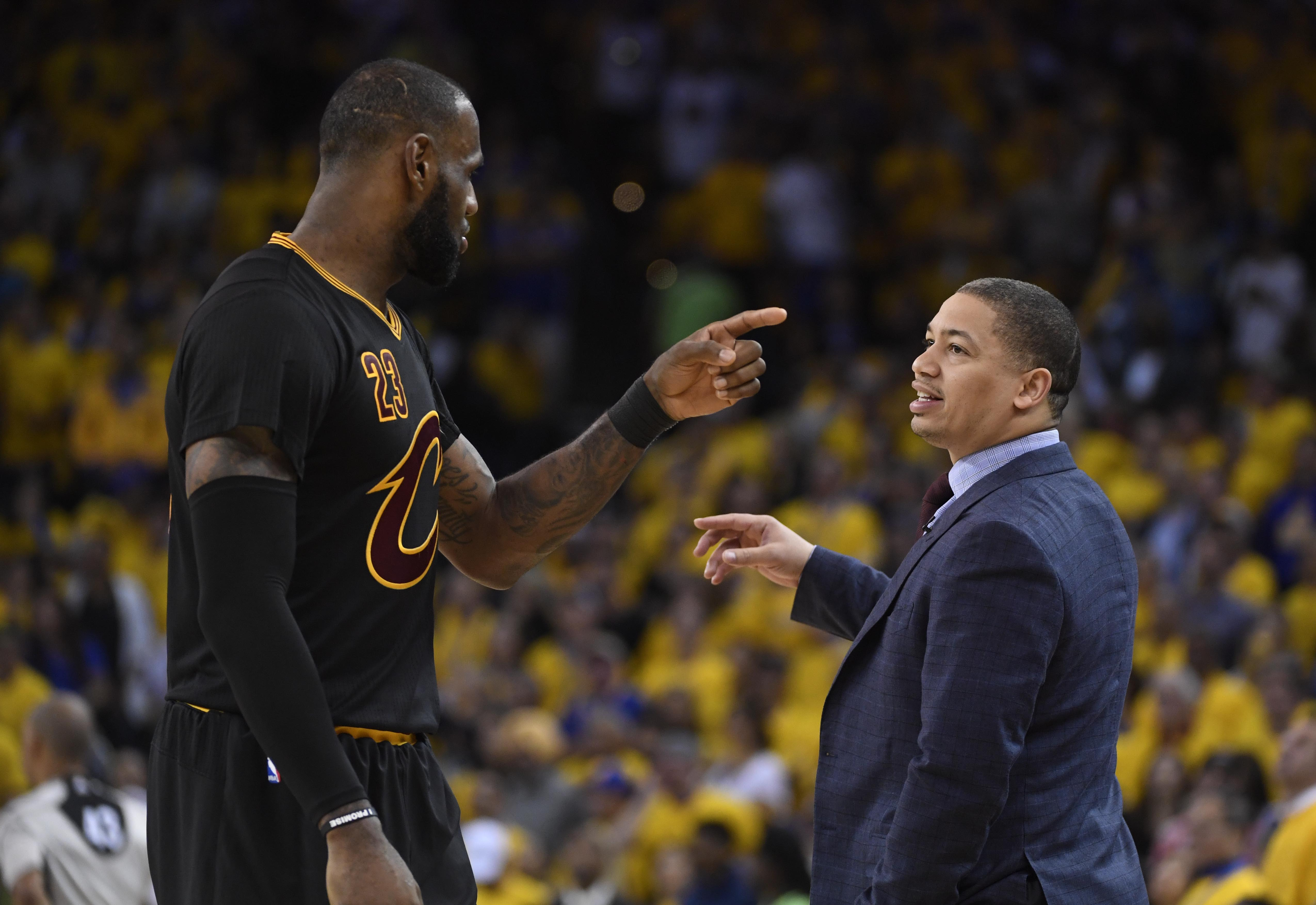 6 offseason moves the Cleveland Cavaliers must make to beat the Warriors